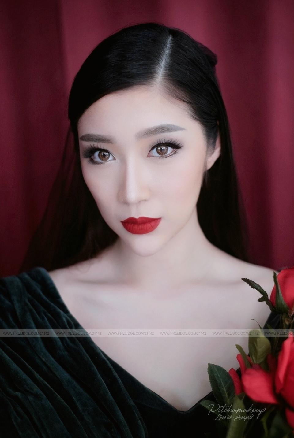 เหมยอิง พลอยพัชชา F21142 - FREEIDOL (Thailand's Top Modeling Agency)